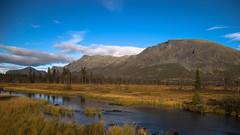 Skogshorn Lrdagmorgen (Sven LP) Tags: water blue skogshorn lake mountain hemsedal norge