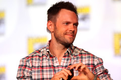 Joel McHale (Gage Skidmore) Tags: california brown david andy port nicole community san comic joel megan diego center moses convention danny jacobs gillian yvette brie alison russ con 2012 ganz krasnoff pudi mchale guarascio bobrow
