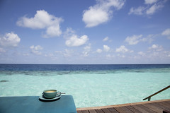 IMG_8685 (Marc Aurel) Tags: ocean sea beach coffee strand island hotel cafe meer room zimmer indianocean kaffee resort insel villa maldives spiaggia isola atoll nespresso maldive malediven veligandu indischerozean maldiveislands coralisland indik jwv dhivehiraaje rasdhooatoll jacuzziwatervilla koralleninsel 5dmarkii eos5dmarkii lakshadweepsea laccadivesea veliganduislandresort rossatoll lakkadivensee isolacorallina rasduatoll