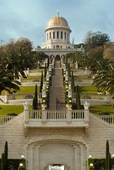 Bah' Temple, Haifa - Templo Bah', Haifa (Ilan Ejzykowicz) Tags: bahai    schreindesbab        bahjska bahaizm   bahasme bahasmo   bahailik  nthbb svatynbba mausoleodelbb graftombevandebb santuriodobb bbshelgedom       bahaj