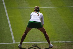 Victoria Azarenka v Irina-Camelia Begu - Ready to receive (zawtowers) Tags: london court one spread legs centre seed first games victoria womens number tennis romania round ready match olympic olympics belarus receive venue wimbledon iconic position 2012 serve london2012 customary azarenka begu irinacamelia