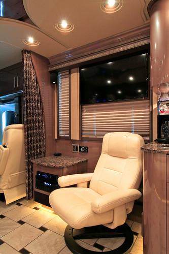 Platinum - Front Lounge