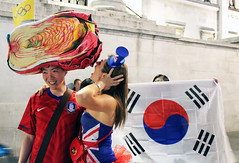 Korea_London_football_support_04 (KOREA.NET - Official page of the Republic of Korea) Tags: london football rpublique 2012 republique  kpop  republicofkorea bronzemedal  teamkorea  mensfootball  2012londonolympics  rpubliquedecore  cir republiquedecoree   koreafootballteam 2012londonolympicgames koreankoreandancekorearepublicofkorearepubliquerepubliquedecoreerpubliquerpubliquedecorecirkpoplondon20122012londonolympics2012londonolympicgames