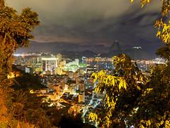 Nocturne... (Leonardo Martins) Tags: brazil nature rio brasil riodejaneiro night lumix mar bresil brasilien panasonic exotic noturna tropical noite g2 botafogo nocturne brsil pedro sudeste bigstone