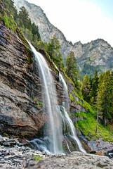 Cascade du Rouget HDR + Pose longue (ZeGaby) Tags: montagne alpes pentax cascade hdr rouget longexposuretime k200d