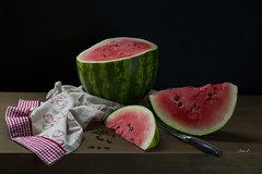 Sanda (Ivannia E) Tags: stilllife bodegn naturalezamuerta naturemorte sanda watermelon estilodevidasaludable healthtylifestyle red