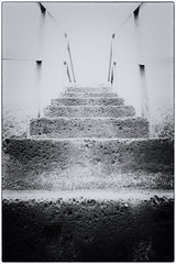 Stairway To Heaven  (Luigi.glpy) Tags: salita paradiso ricordi luce blackandwhite biancoenero vintage paradise bokeh scala stairway heaven
