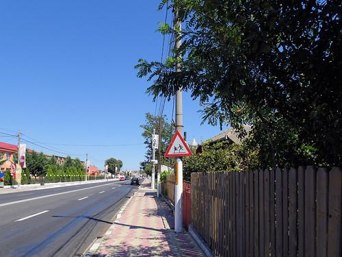 "Warning sign ""Children"" in Tuzla (AP4P0526 1PS)"