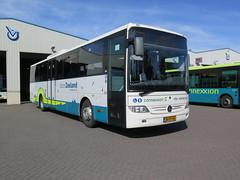 van Oeveren bus 102 (Arthur-A) Tags: zierikzee nederland netherlands doorzeeland mercedes tourismo integro bus bussen buses autobus oeveren