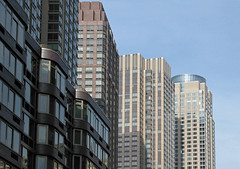(TheMachineStops) Tags: 2003 outdoor nyc newyorkcity bluesky azulcielo architecture apartments building riversidesouth postmodernism uws upperwestside highrise manhattan