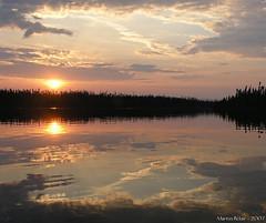 Sun, reflection, calm. (Badhabit07) Tags: olympus camedia c8080wz c8080 water eau nature sun soleil sunset coucher reflection rflection sky ciel nuages clouds cloud nuage