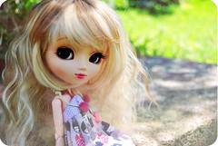Lorea ( Z u R i ) Tags: garden outfit shoes doll handmade jp geisha wig groove pullip rement kokeshi azone leeke obitsu junplanning papin rewigged pullippapin littlemircoles odekakeshoesbags