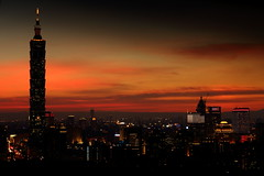 Sunset 101 (Taipei City) (YoyoFreelance) Tags: sunset 101 blackcard   sunstes20120709
