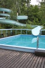 (frettir) Tags: pool sweden stockholm slide vatten bromma bassng rutschkana ngbybadet ngby