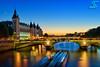 Conciergerie @ Paris (A.G. Photographe) Tags: bridge sunset paris france seine french soleil nikon reflet ag pont change bluehour horloge nikkor fx péniche reflexion quai hdr parisian anto d800 couché conciergerie xiii parisien 2470 tourdelhorloge pontauchange antoxiii hdr5raw oloneo agphotographe