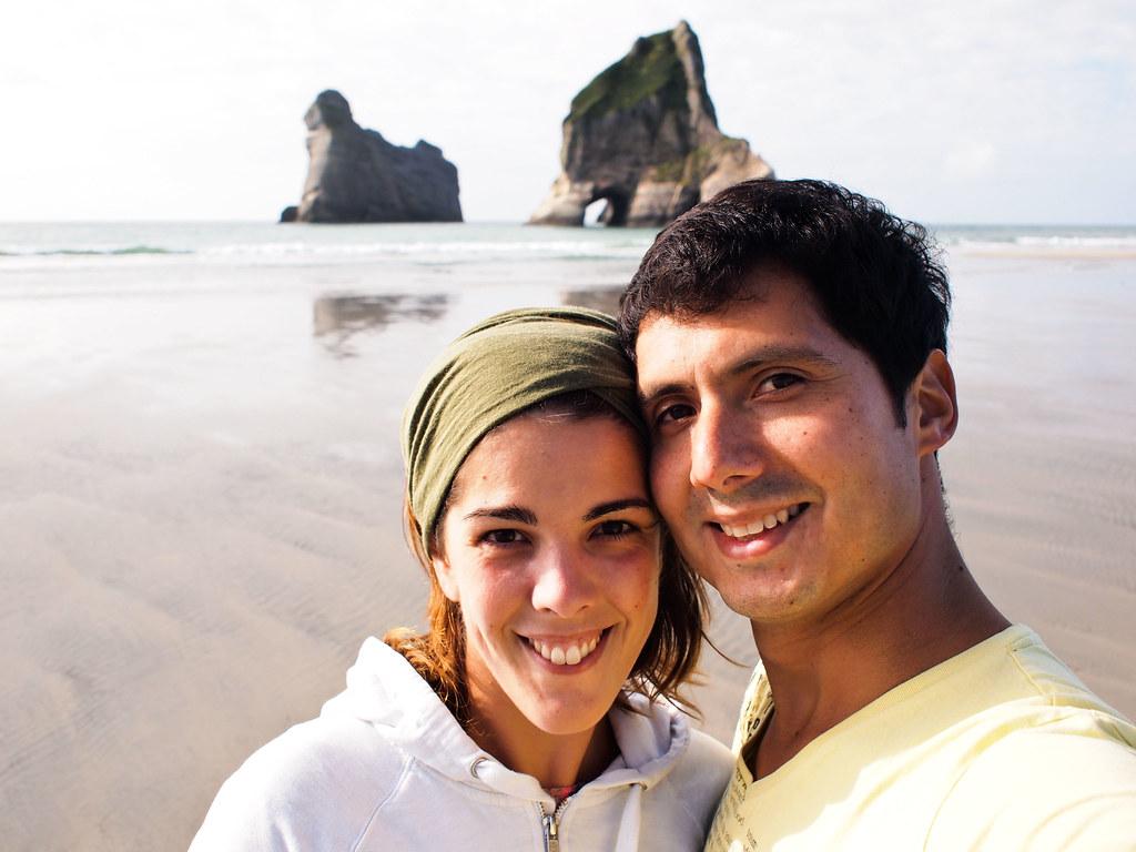 Amores en Wharariki Beach