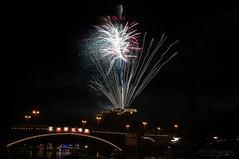 fireworks at lantern festival Halle/Saale 2012 (MR-Fotografie) Tags: bridge light castle festival licht nikon fireworks lantern nikkor 77 1870mm burg 2012 feuerwerk hallesaale d90 laternenfest giebichenstein mrfotografie