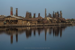 Smoked Fish House. (franciscus nanang triana) Tags: sunset landscape photo foto semarang triana waterscape smokedfish nanang franciscus tengah kaliasin centraljavajawa fntriana
