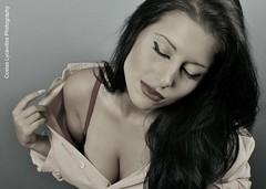 (Costas Lycavittos) Tags: modeling athens жена nikond700 начинизавиждане nikkor2470afs elinchromdlite costaslycavittos сутиен представисичесижена