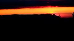 plisser des yeux (glookoom) Tags: contraste couleur chamrousse couchdesoleil lumire landscape light ligne montagne nature nuage nuit noir ombre orange paysage massif extrieur t