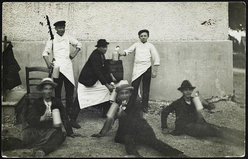 Archiv G814 Bierausschank im Freien, 1920er