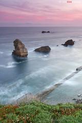 _three_rocks_ (lmdm43) Tags: liencres losurros
