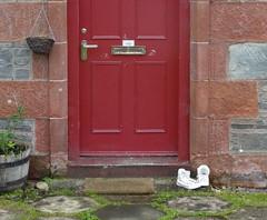 A Door in Luss, Scotland (vmyk) Tags: door scotland luss