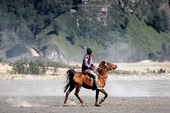 Let's Go (joeziz EK pholrojpanya) Tags: travel sea bali beach nature indonesia landscape island volcano photo artist image images getty uluwatu picks tanalot fototrove