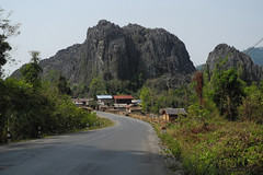 Route 8, Laos (-AX-) Tags: mountains scenery 8 route laos bolikhamsai