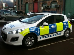 POLICE PEUGEOT