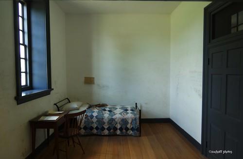 Williamsburg Mental Hospital Room - a photo on Flickriver