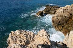 Schiuma (cicciobaudo) Tags: cliff rock canon eos waves greece grecia foam roccia karpathos onde scogliera schiuma lefkos scoglio 400d