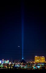 Hotel Luxor Las Vegas Nevada,USA (frostoskar) Tags: city light sky usa night hotel zoom lasvegas nevada 4thofjuly luxor