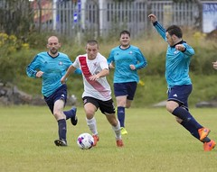 Mark Burbidge sets off on another marauding run (Stevie Doogan) Tags: clydebank glasgow perthshire exsel group sectional league cup wednesday 10th august 2016 holm park
