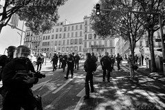 Police (fredomarseille) Tags: france marseille lutte police provence rue fo greve manifestation repression crs hollande policier cgt valls ministre ordre syndicat fumigne bouchesdurhne lacrymogne loitravail elkhomeri