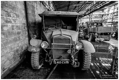 _MTA5703.jpg (Moyse911) Tags: auto usa truck army photo amazing factory fuji tank sam jeep image military picture camion american militaire fou insolite vieux armee oncle urbex amricain hangars xt1 ancetre onclesamurbexauto