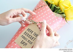 DIY Bouquet wrapping (Lovilee) Tags: printable freeprintable giftideas customgiftwrapping