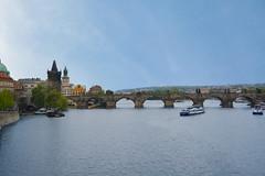 Praga Ponte Carlo (carlocorv1) Tags: ponte archi torri fiume pietra cielo blu colori paesaggio