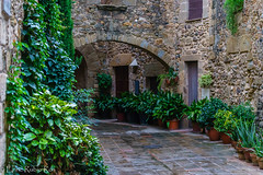 MONELLS, Girona (enricrubioros1) Tags: baixempurd catalunya monells girona