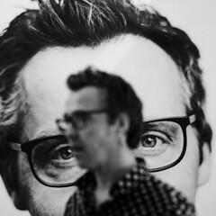 Double-portrait (Pim Geerts) Tags: carl zeiss planar 1485mm ze canon eos 5dm3 portret portrait menno visser o bureau poster print eyes black white zwartwit