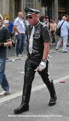 bootsservice 0635 R (bootsservice) Tags: gay paris leather boots pride bottes 2012