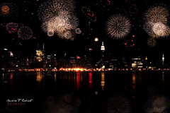 Macy's 4th of July Fireworks Spectacular (Ronaldo F Cabuhat) Tags: city nyc newyorkcity longexposure nightphotography family party usa holiday ny newyork reflection water beautiful sparkles skyline night canon landscape heart fireworks journey hudsonriver independenceday vacations blasts eastcoast macysfireworks heartfireworks canonspeedlite580exii smileyfireworks canoneos5dmarkii cabuhat july42012 macys4thofjulyfireworksspectacular