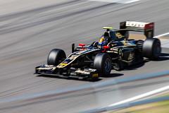 Esteban Gutierrez (GP Espaa) (agarca) Tags: espaa cars canon eos 1 is team lotus grand f1 racing prix spanish formula gran 55 panning 250 premio equipo gp2 barrido 55250 1100d