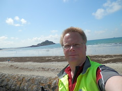 "LEJoG Day 1 Me at St Michaels Mount <a style=""margin-left:10px; font-size:0.8em;"" href=""http://www.flickr.com/photos/37433494@N00/7546563334/"" target=""_blank"">@flickr</a>"