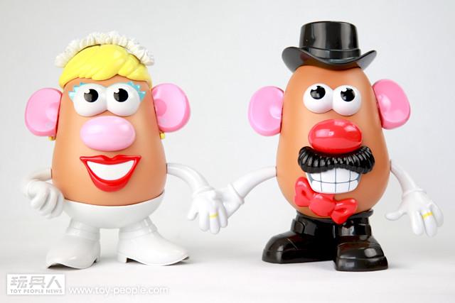 玩具界的銀色情侶-見證蛋頭先生太太結婚60週年專題報導