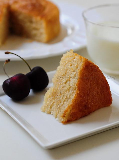 Eggless Layered Vanilla Cake Recipe