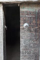 Bani Adwan Heritage (Bani Adwan) Tags: old heritage architecture bin saudi arabia bani زمان بيت باب السعودية العربية بيبان حصن zahran المملكة صخور bahah تراث شباك بني تراثي بنيان شبابيك زهران أبواب adwan تراثيات حصون albahah
