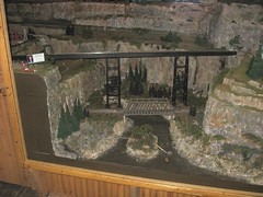 COPPER CANYON Memorial Park - Medina Railroad Museum HO Scale Model Train Layout (a69mustang4me) Tags: nyc railroad scale museum train layout model pennsylvania niagara bm medina bo ho lockport prr eriecanal middleport newyorkcentral gasport nynhh