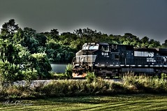 Train (Joe_F1sh) Tags: railroad train virginia nikon roanoke hdr oloneo nikond3100 hdrengine