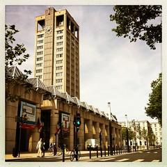 L'Hotel de ville du Havre (berardici) Tags: street france building architecture cityhall normandie rue btiment immeuble hteldeville 050 lehavre bton augusteperret iphone4 hipstamatic cadreblanc janelens objectifjane filminas1982 janeinas1982